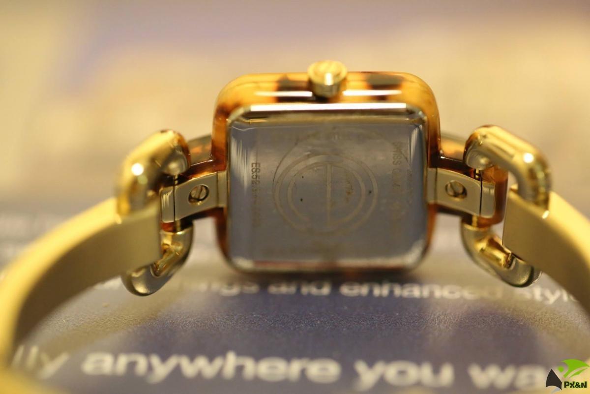 Đồng hồ Nữ hiệu Movado ESQ 02